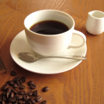 """ギルトフリースナックと""""カフェインレスコーヒー""""の素敵な組み合わせ。"""